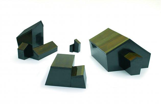 urushi-dwellings.jpg